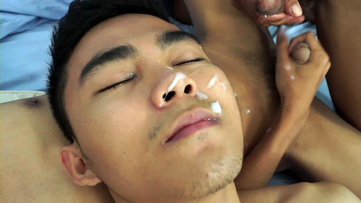 Gay Asian Twinkz Threeway Bareback Big Asian Cock Sex Amateur Gay Porn 70 Gay Asian Twink Roomates Seduce and Bareback Their Straight Friend
