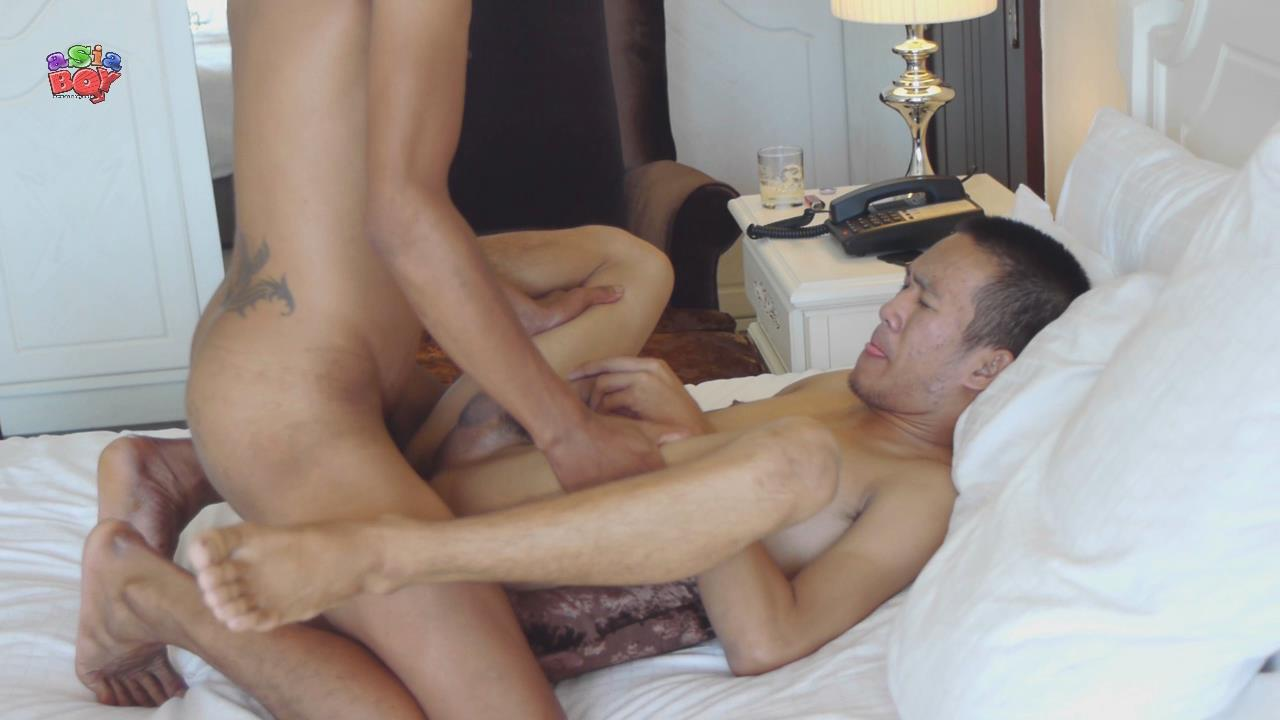 Asia Boy Video Trail Of Cum Big Asian Cock Bareback Amateur Gay Porn 37 Asian Street Hustler Gets Barebacked In The Ass By A Big Asian Cock