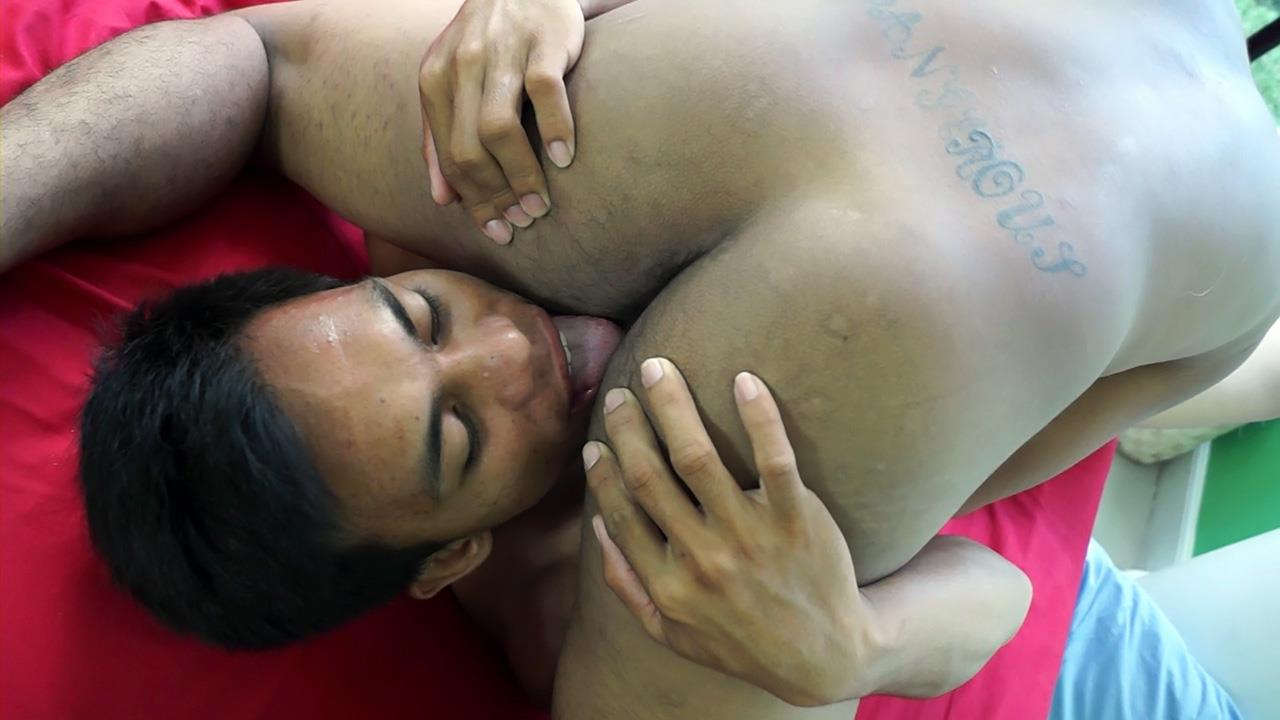 Gay Asian Twinkz Argie and Josh Big Asian Cocks Barebacking Twinks Amateur Gay Porn 31 Gay Asian Twinks Barebacking Everywhere In The House